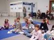 Deti kladú otázky ilustrátorkám
