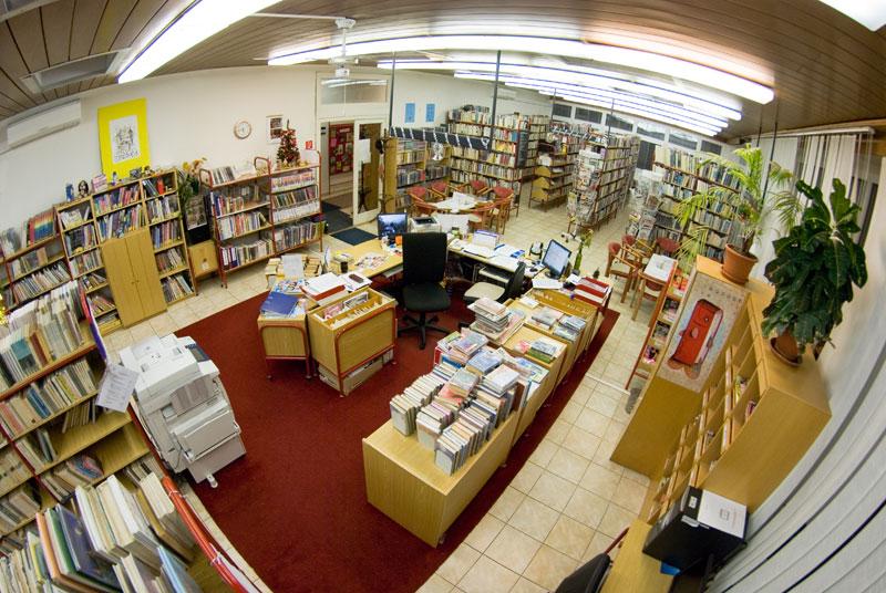 d53b68a49 Staromestská knižnica pracovisko Blumentálska 10/a ...